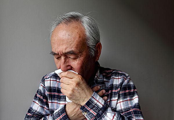 不明原因的咳嗽、咳痰,美国专家确诊为晚期肺癌