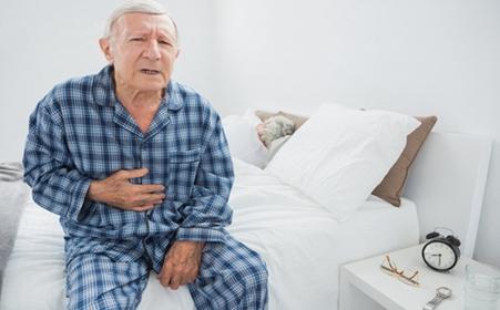 胃癌吃不下东西,反复恶心呕吐,远程会诊寻求美国专家治疗方案
