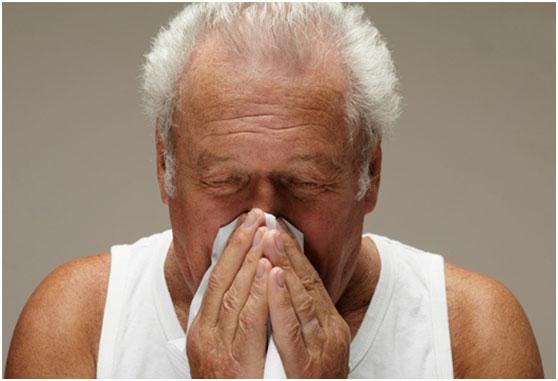 六旬老汉因反复流鼻血而住院,万里外的美国医生找出病因