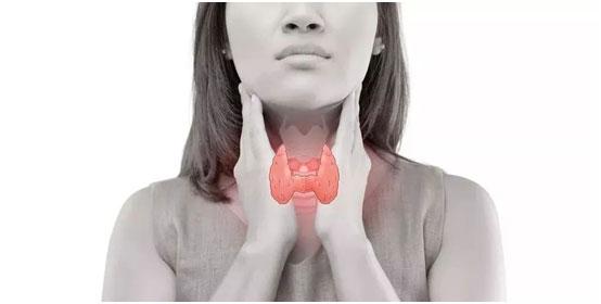 27岁姑娘查出甲状腺微小癌,切还是不切?美国专家给出这个建议