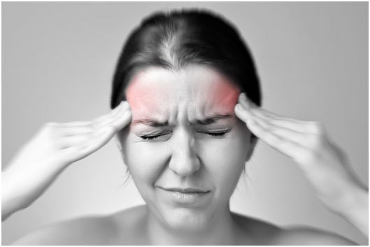 """偏头痛50年,每晚吃药才能入睡!美国专家为她解了""""紧箍咒"""""""