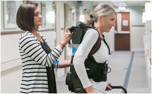 """""""外骨骼""""机械装置,让多发性硬化症患者行走变得更自然"""