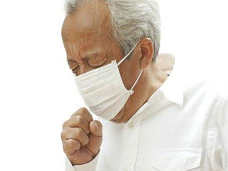 """疫情未过,老汉慢阻肺急性加重,美国肺科专家""""万里献良策"""""""