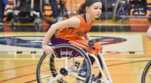99%骨髓被癌细胞占据!患神经母细胞瘤的她,成了篮球运动员