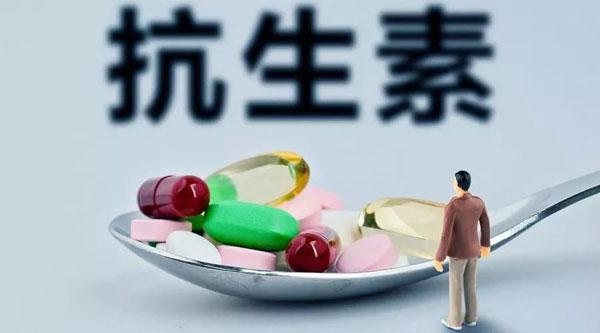 肺癌患者警惕!抗生素会降低10倍生存期,请正确使用!